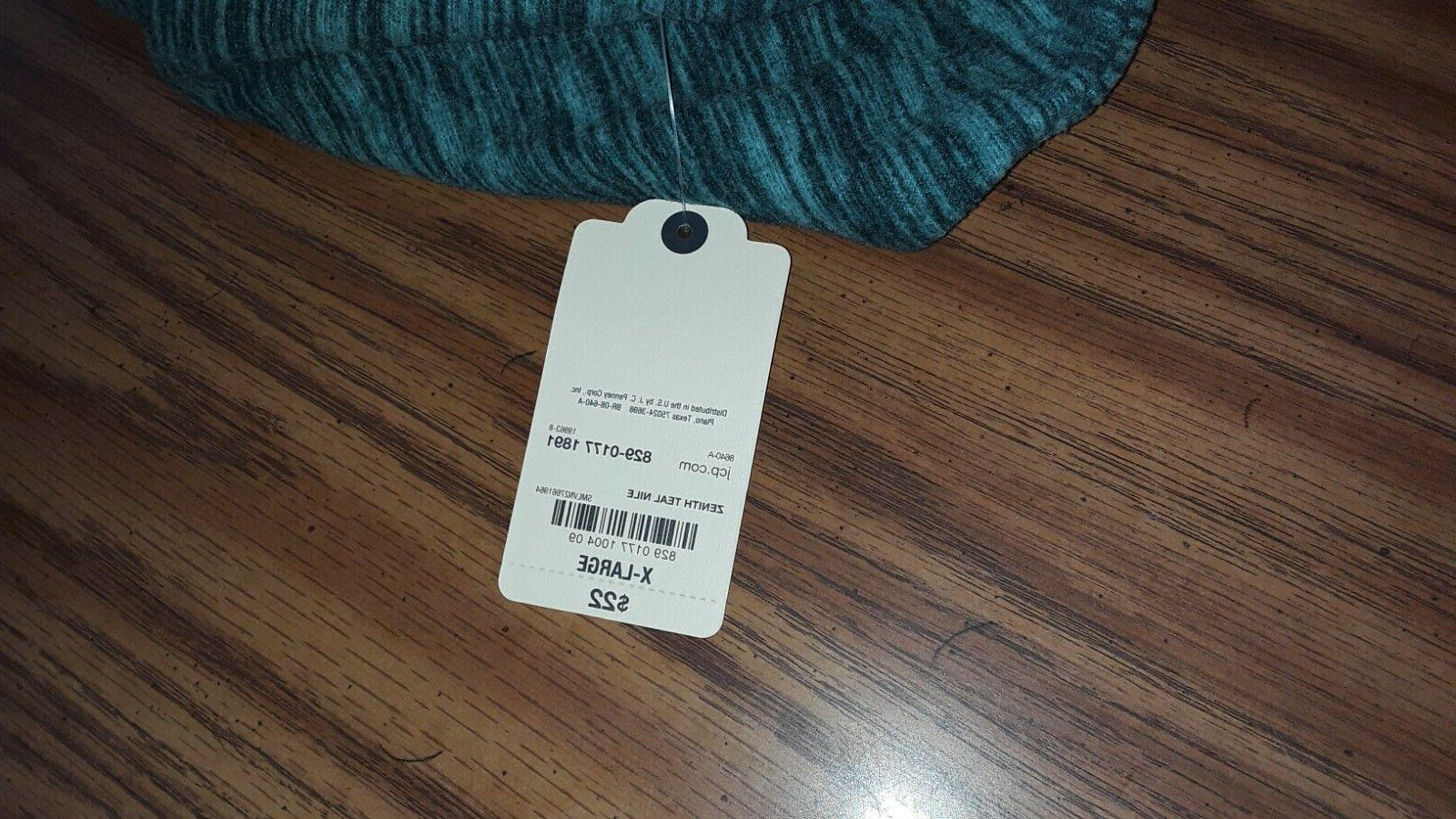 St. NWT green long size polyester