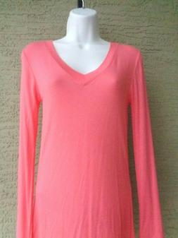 Zenana Outfitters M Soft  Stretchy Rayon L/S V Neck TeeTop C