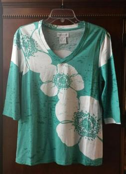 New Women's T-Shirt teal white floral cotton v-neck three qu